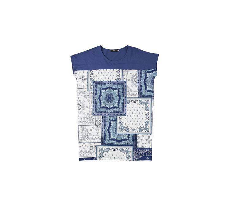 スカーフ柄ロング丈Tシャツ